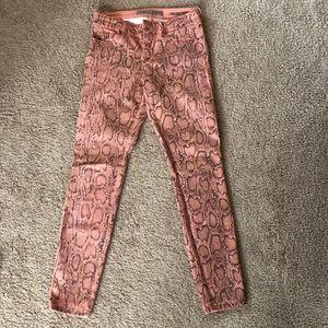 Guess jeans. Skinny - snake skin